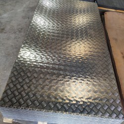 Plancha LAGRIMADA Aluminio...